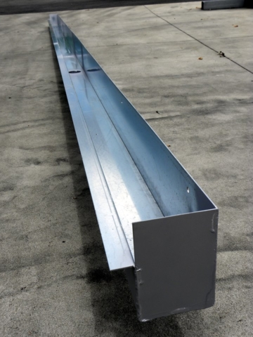 chéneaux standards ou sur-mesure en acier galva, alu ou inox,