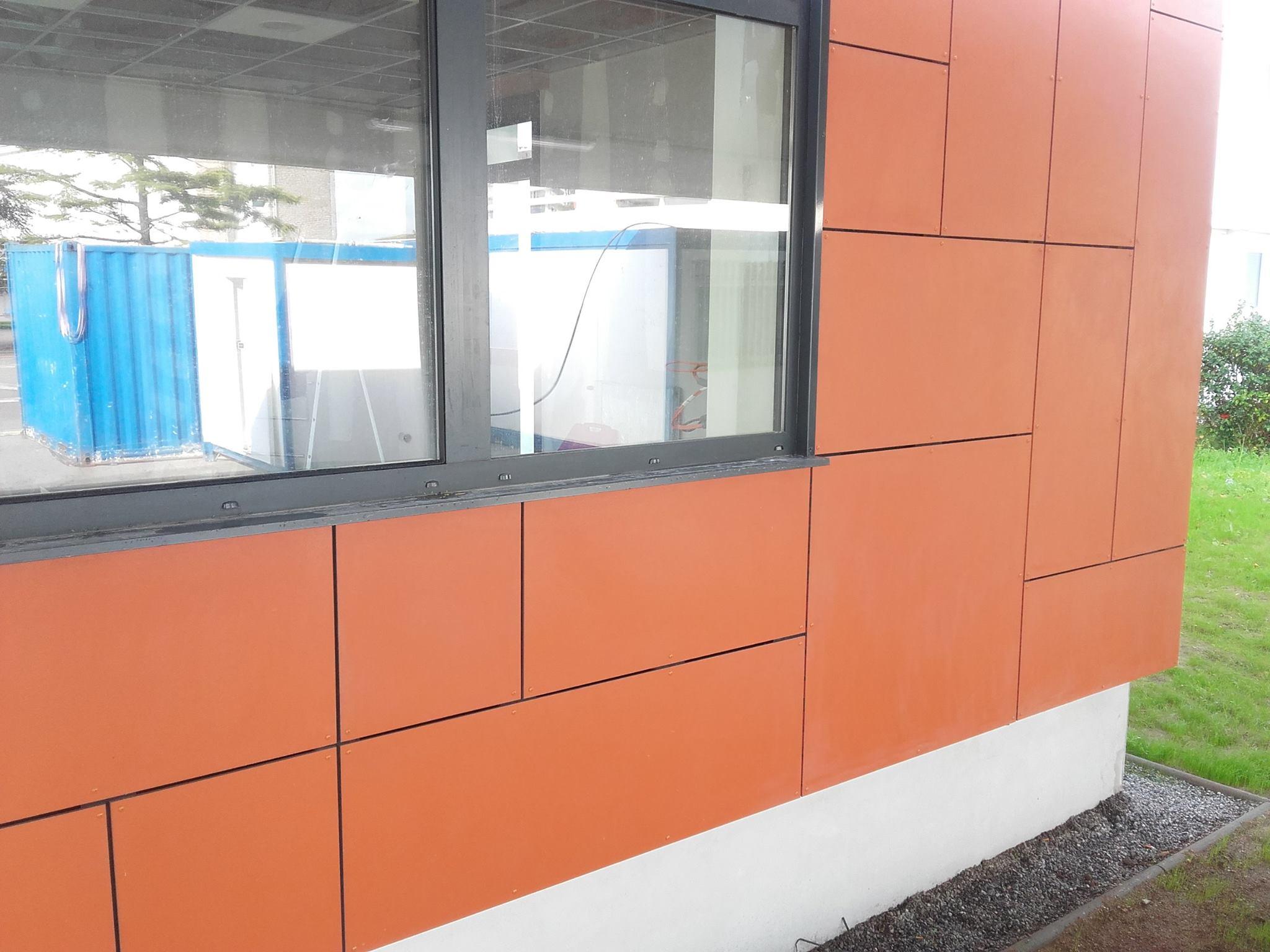 panneaux de fibrociment TEXTURA 8 mm en coloris orangé TG701