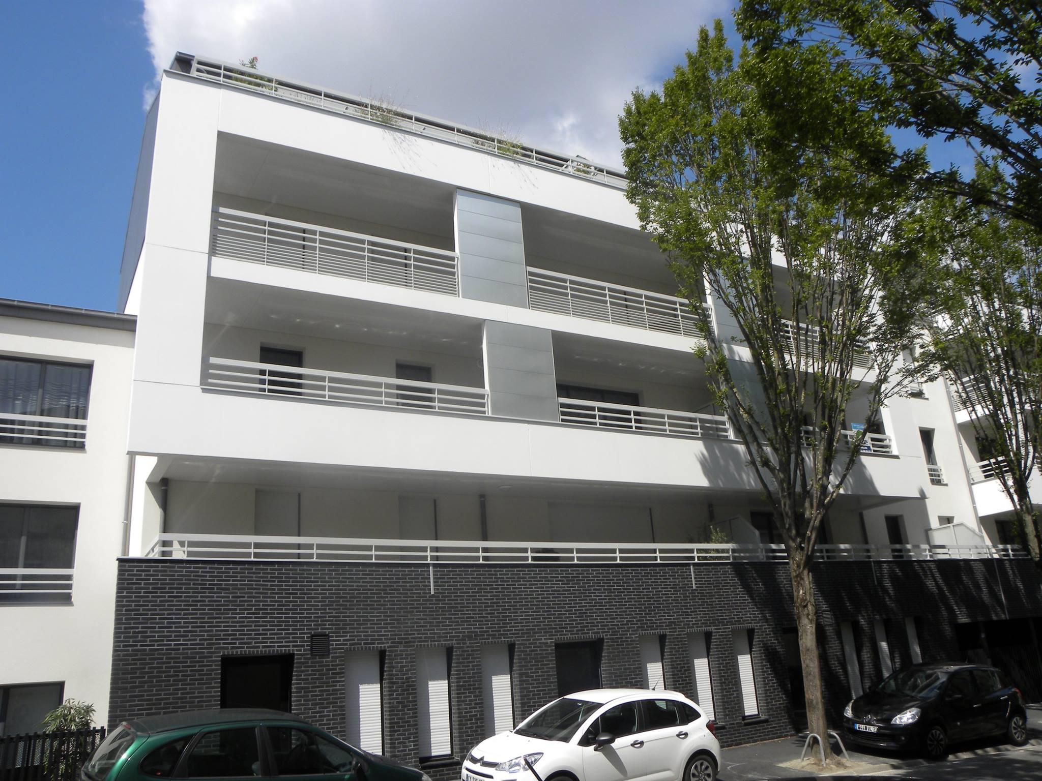 panneaux de façade TRESPA et cassettes en aluminium anodisé