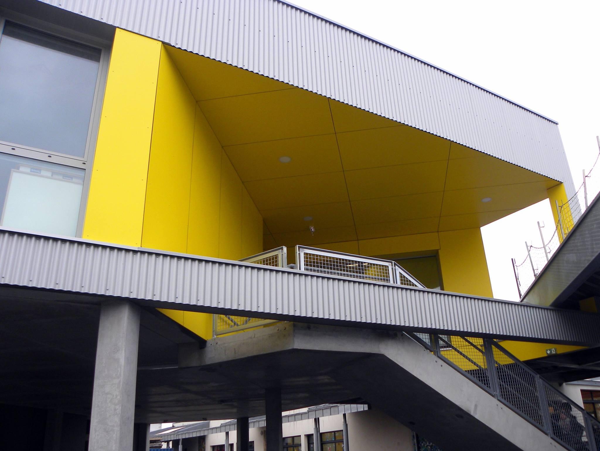 panneaux de façade stratifiés en MAX ETERIOR 8 mm de décor