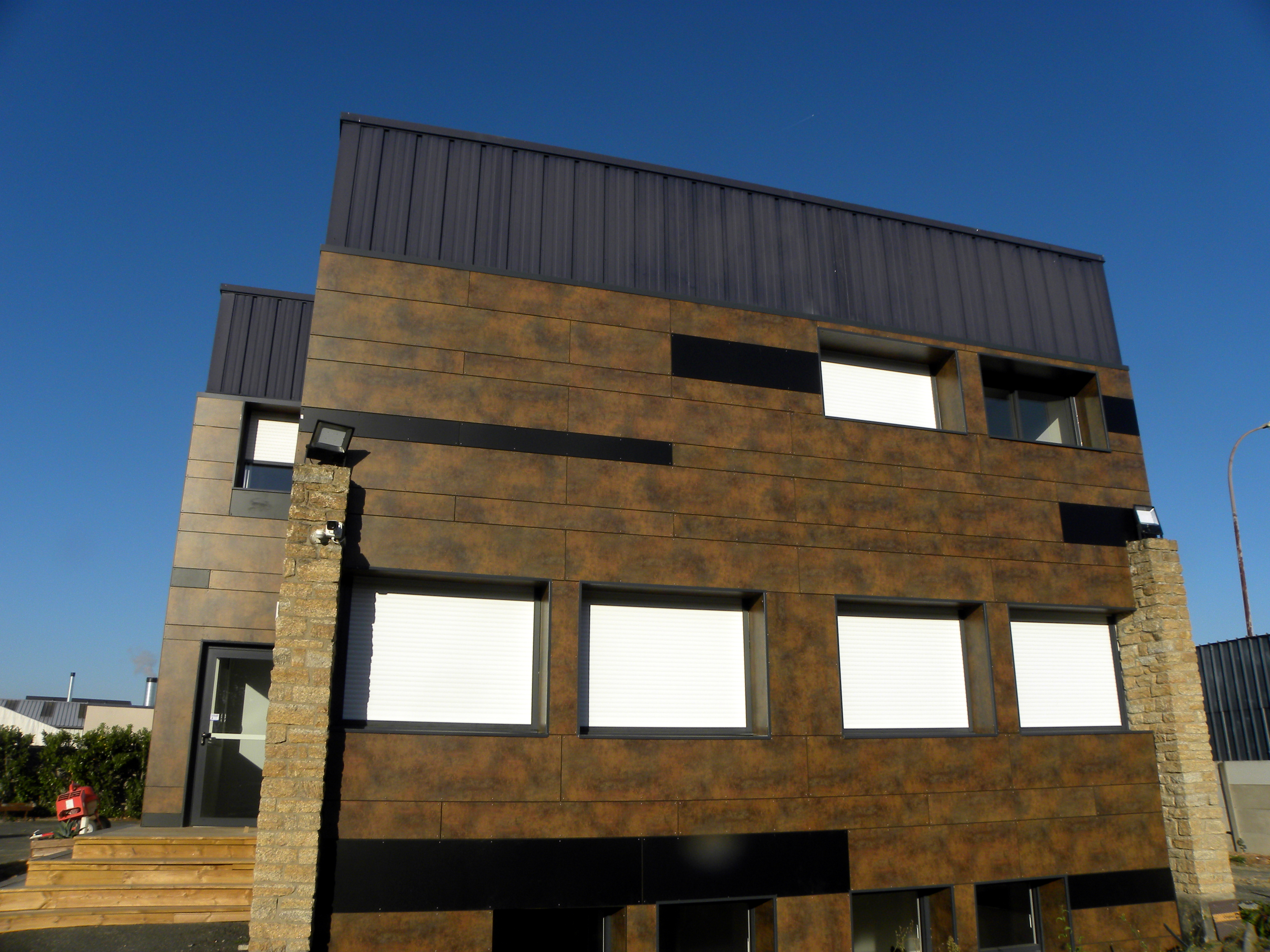 façade en panneaux MAX EXTERIOR