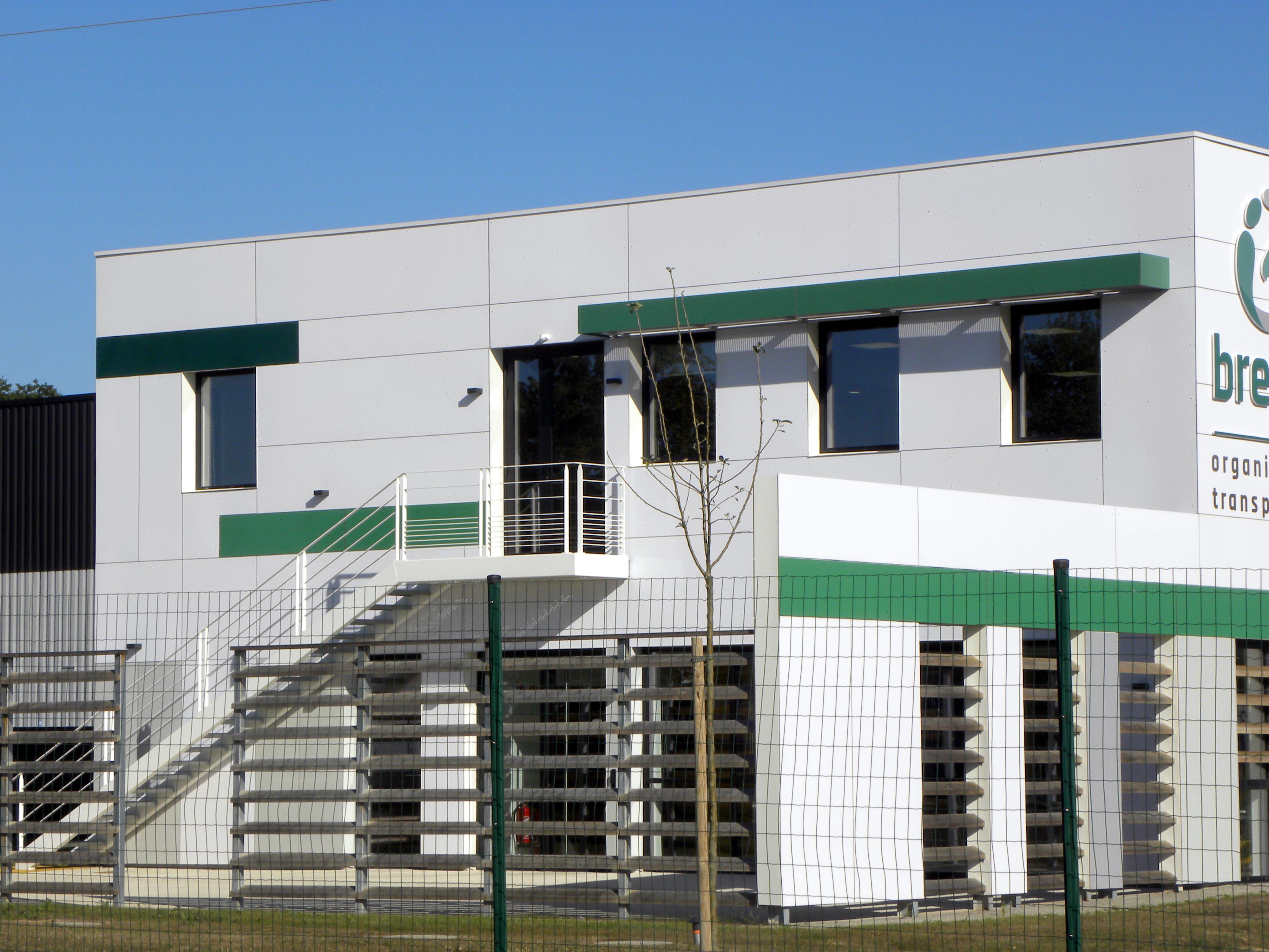 façade constituée de panneaux MAX EXTERIOR