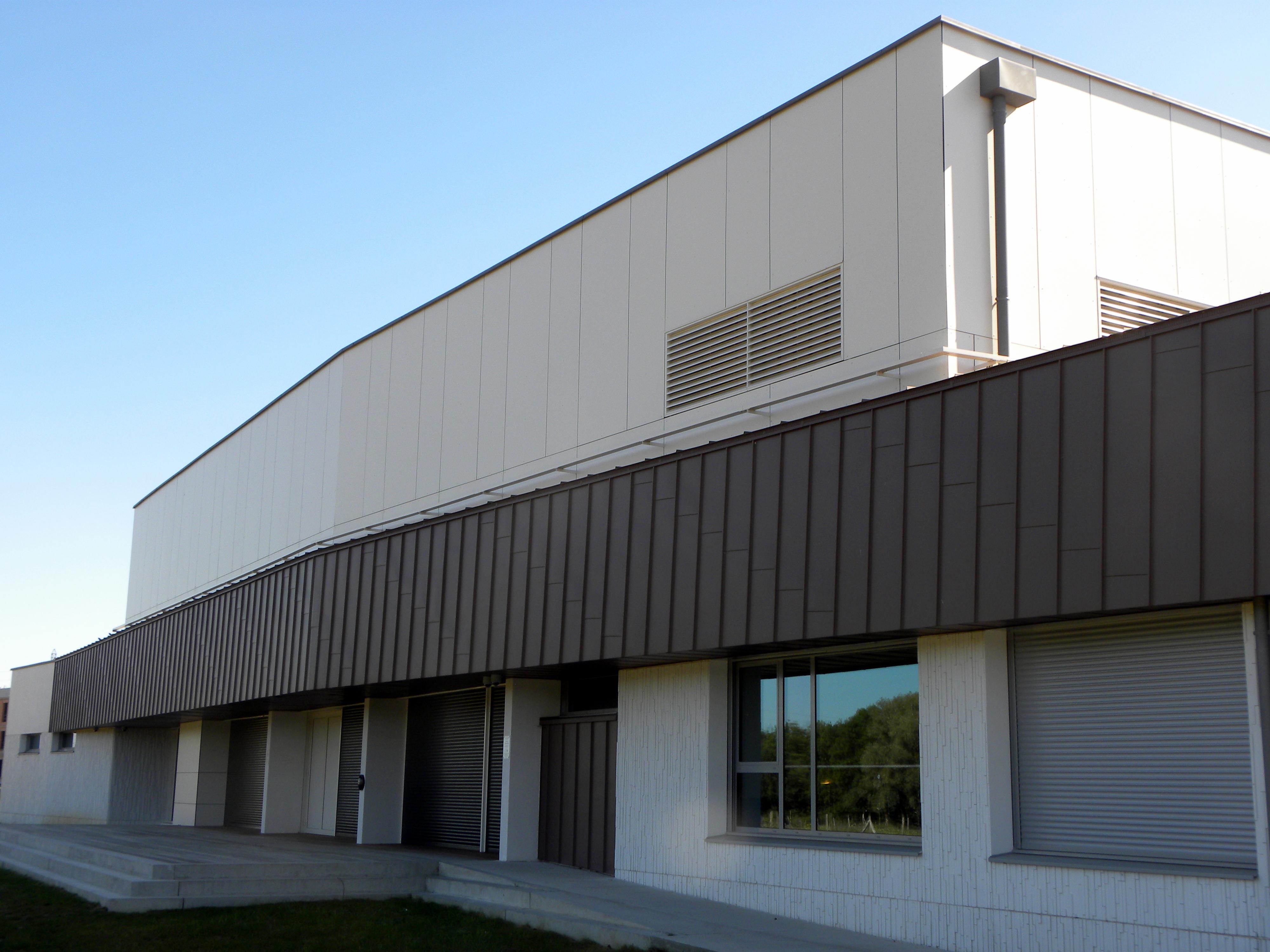 panneaux de façade stratifiés TRESPA