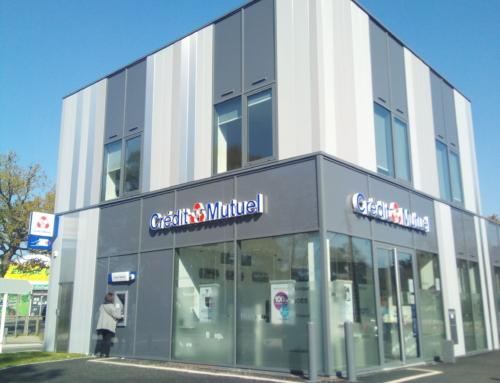 ZOOM CHANTIER – Des lames de bardage pour la nouvelle agence Crédit Mutuel de Saint-Nazaire