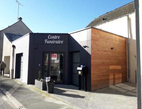 Un nouveau bardage en panneaux de façade MAX EXTERIOR pour la maison funéraire de Vern d'Anjou
