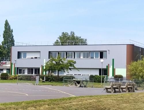 ZOOM CHANTIER – Des lames de bardage pour rénover les façades du collège René Char