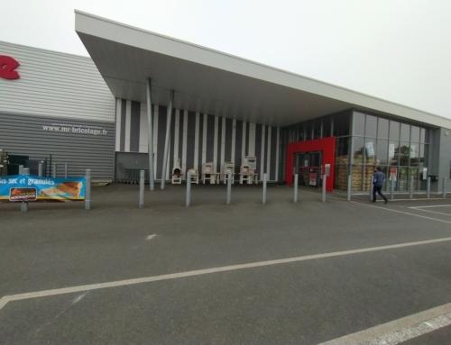 ZOOM CHANTIER – Un nouveau bardage TECTIVA pour le M. Bricolage de Bain de Bretagne