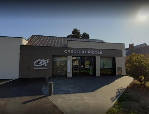 ZOOM CHANTIER – Encore une façade en TRESPA METEON pour l'agence Crédit Agricole de Nozay